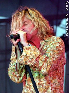 photo of Collective Soul's Ed Roland copyright Janet Reid Boltz