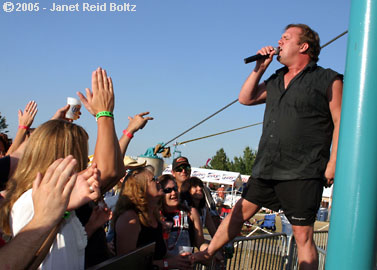 photo of Cowboy Mouth's Fred LeBlanc copyright Janet Reid Boltz
